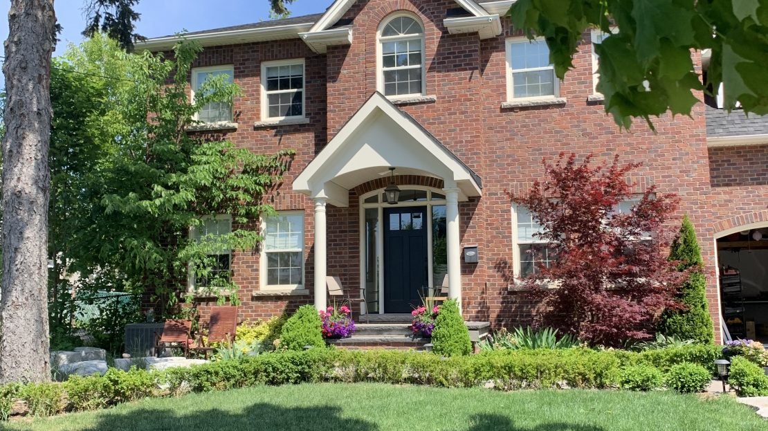 50 Braecrest Ave. Lower level for lease